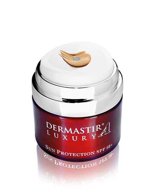 Dermastir-Luxury-sun-protection-SPF50-tinted-02.jpg